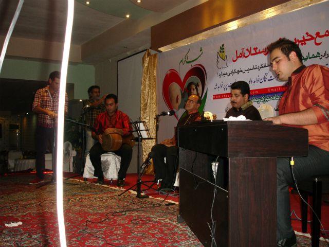 اجرای موسیقی زنده توسط گروه فرهنگی/هنری چکاوک